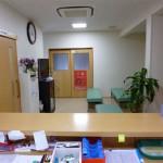 受付から見た待合室
